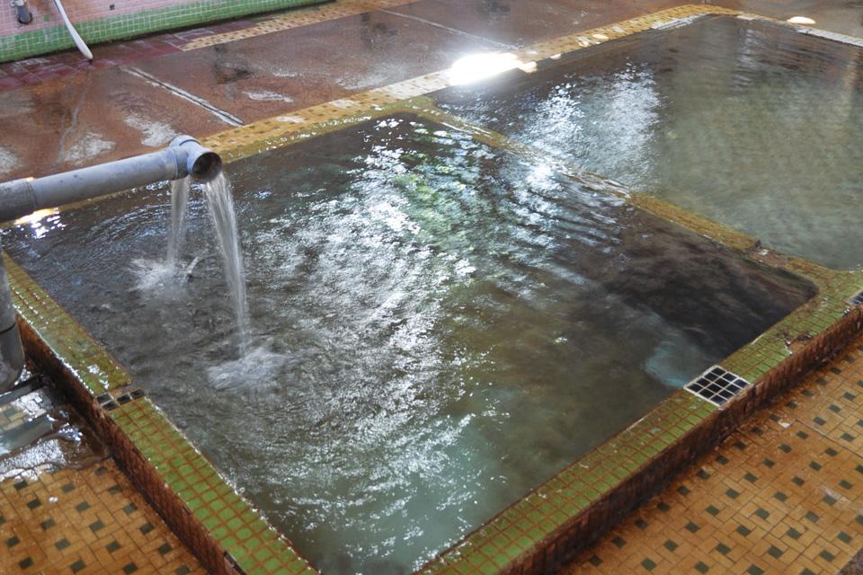 天然かけ流し 共同浴場 江之島温泉