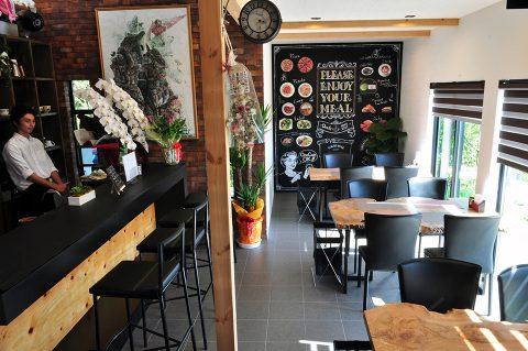 カゴシマプラス D cafe 1F店内