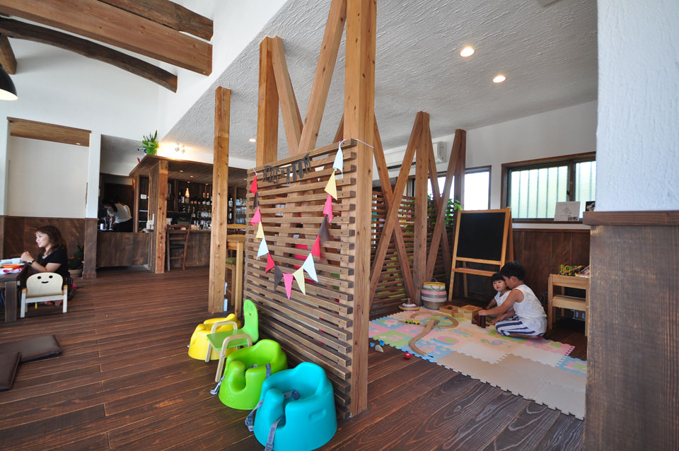 Kids Cafe & Bar LINK