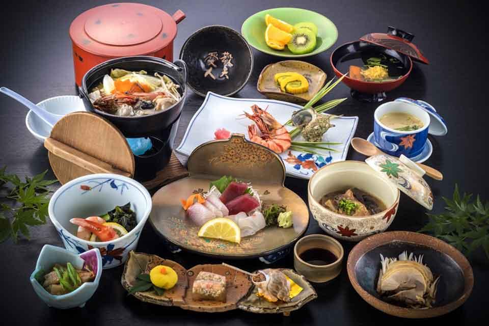 9カゴプラ温泉中島温泉旅館本館料理例上