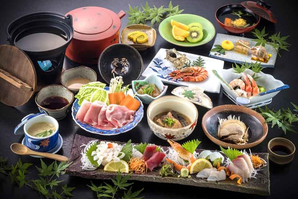 19カゴプラ温泉中島温泉旅館離れ料理例