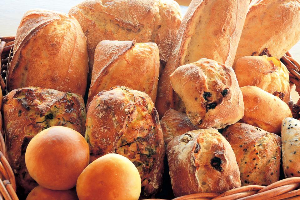 オーブン料理とパンの店 Backen