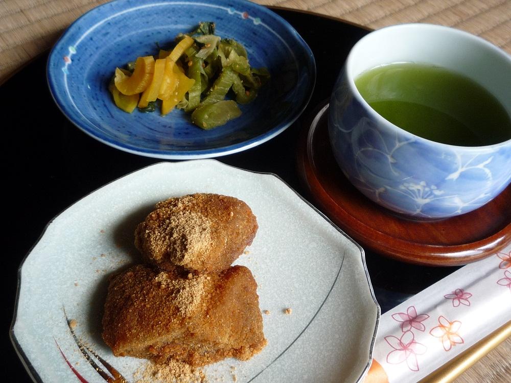 武家屋敷で!出水の新茶と薩摩の郷土菓子「あくまき」のおもてなし