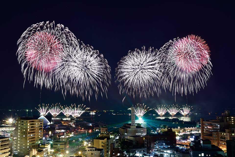 明治維新150周年記念 第18回 かごしま錦江湾サマーナイト大花火大会