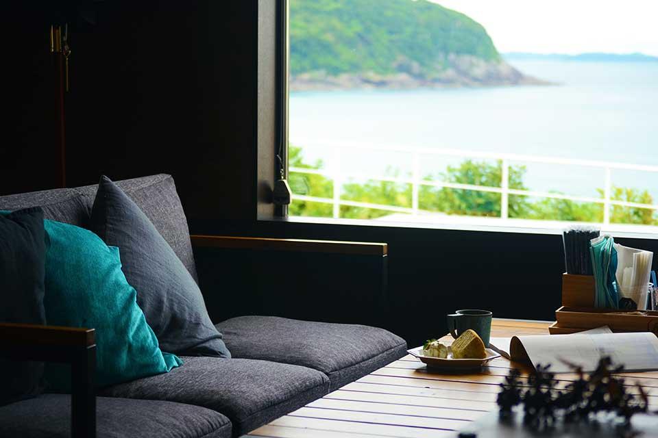 【Stop By】ここはハワイ?いえ長島町です。長島ドライブで海を望む素敵なカフェにストップバイ!