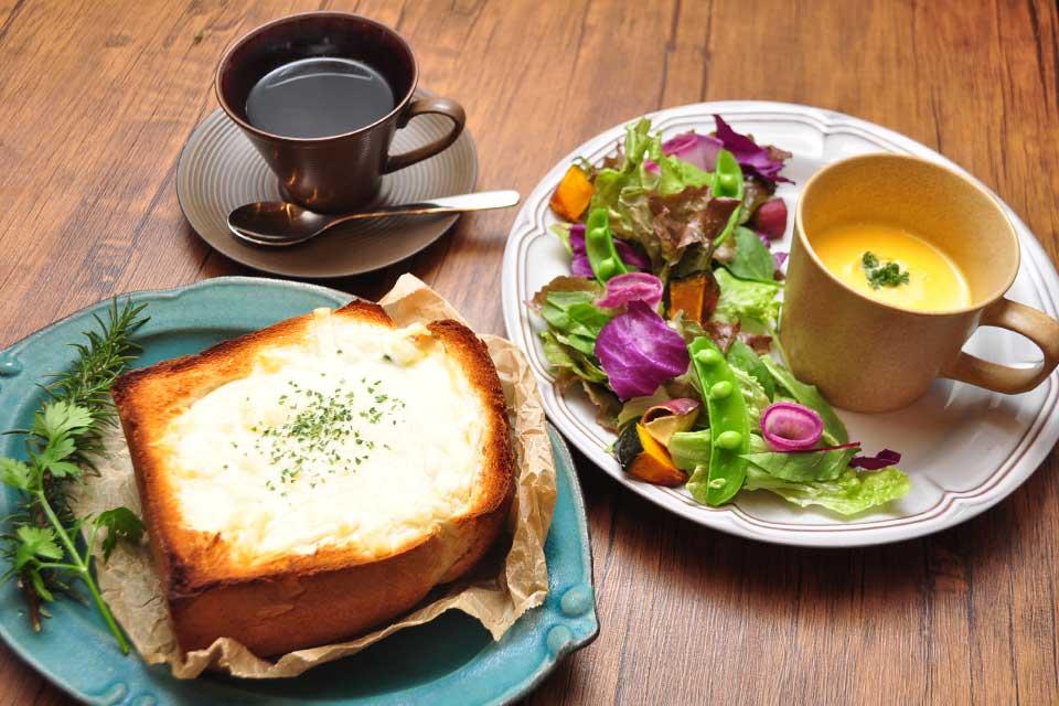 【hinatabocco】吉野の隠れ家カフェで旬野菜をふんだんに使ったランチと 可愛いスイーツに出合えます