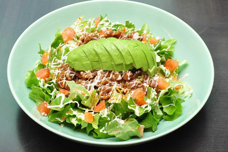 【ArinCo】シャレたアボカド料理専門店で始まった、ボリューム&栄養たっぷりのアボカド昼メシ