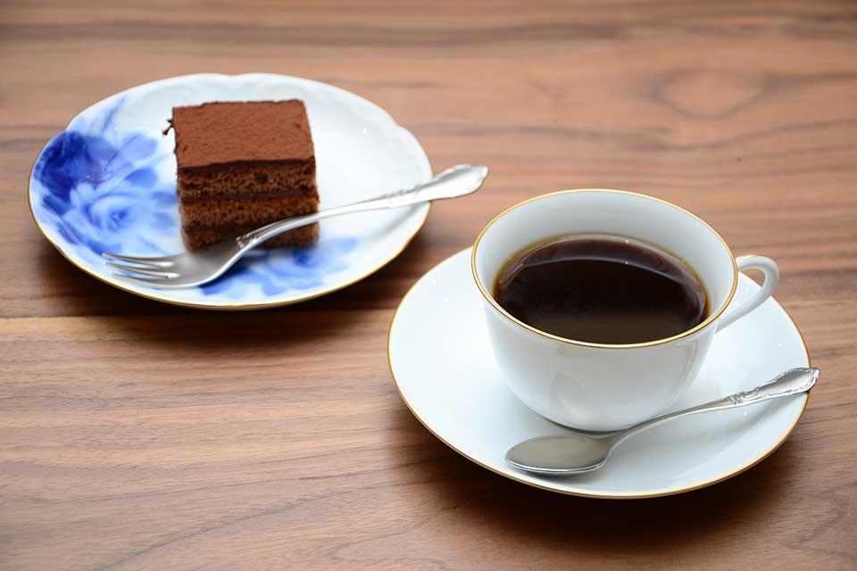 【珈琲 いづみ 天文館店】丁寧に焙煎し、丁寧に淹れる美味しいコーヒーでひと息