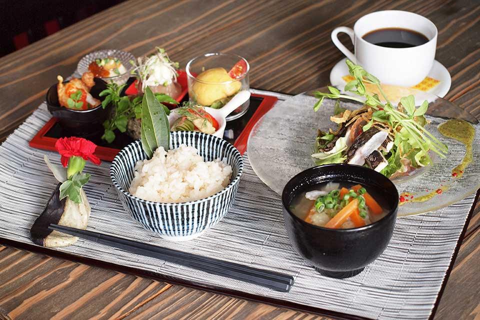 【創作dining Basket Case by Gozyu&田を知り行く】「Basket Case」×「田を知り行く」のタッグ!