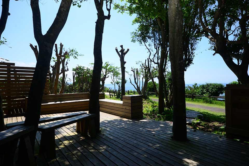 """【AB CAFE】""""天下の絶景""""を望む海辺のカフェで新作スイーツをペロリ♪"""