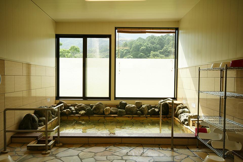 【ごんげん】高隈山系から湧き出る鉱泉を使った温泉が生まれ変わりましたよ!