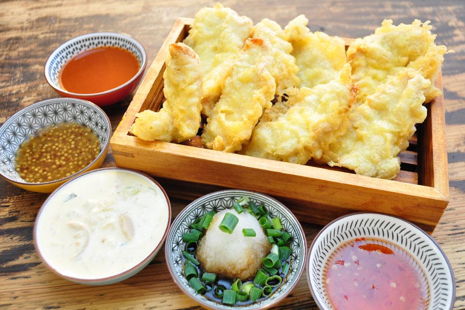 【カドニアル】天ぷらが在る、肴が在る、ラーメンが在る、飯屋でも在る、路地角に在る大衆酒場