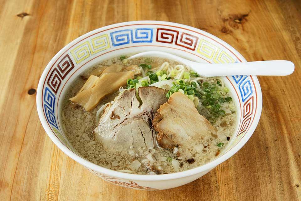 【麺屋トコロ】毎日でも食べたい、優しい味わいのとんこつラーメンを提供中!