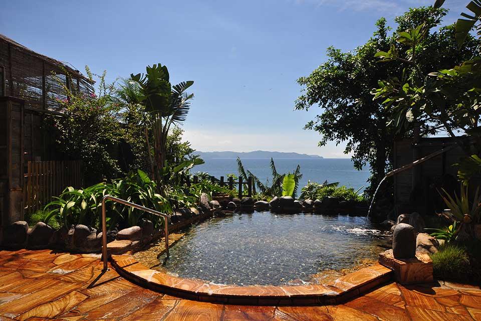 【指宿ロイヤルホテル】女性が喜ぶ要素も満載!絶景露天と泉質の良さが魅力の指宿の温泉