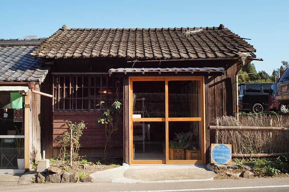 【moe store】美山のモノや県内各地の美味しいものと、その作り手を繋ぐ場所が美山に誕生!