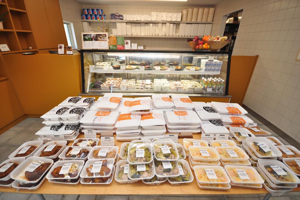<b>【Hacchi】</b>惣菜、弁当、オードブル…、新感覚のこだわり料理に出合えるフードショップ