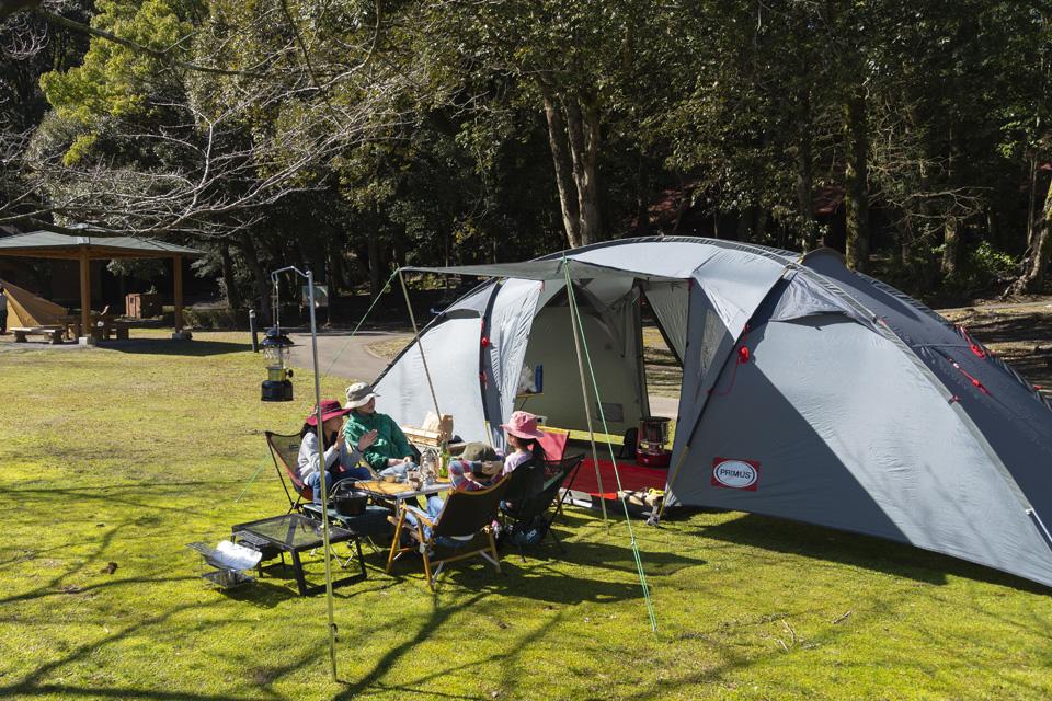 <b>【南九州キャンプ場ガイド】</b>初心者も熟練者も、鹿児島と宮崎南部のキャンプ場を探すならこの一冊で決まりっ!