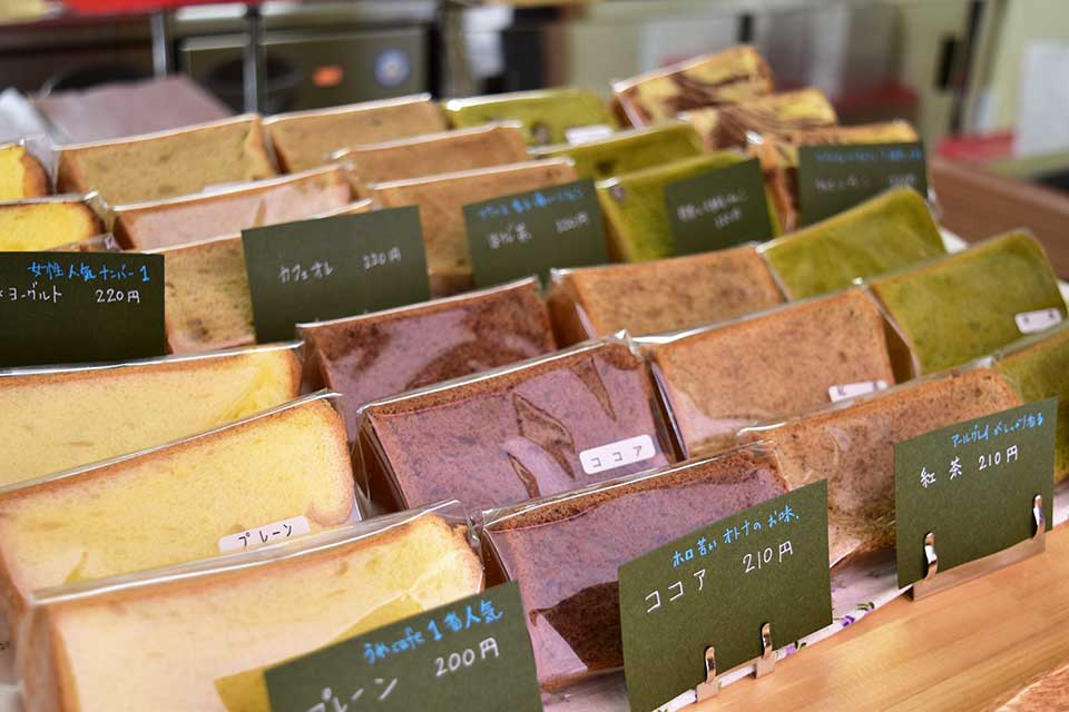 <b>【絹どけシフォンケーキのお店 うめcafe】</b>店頭販売は木曜だけ!予約販売のシフォンケーキのお店