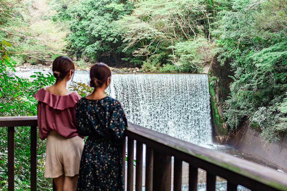 【霧島市】霧島神水峡人工滝ライトアップ