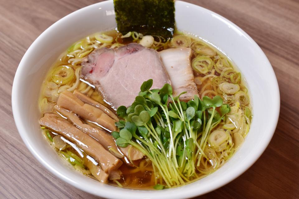 <b>【めんや こたん】</b>魚介の出汁がふわりと香る、あっさり身体に優しい中華そば