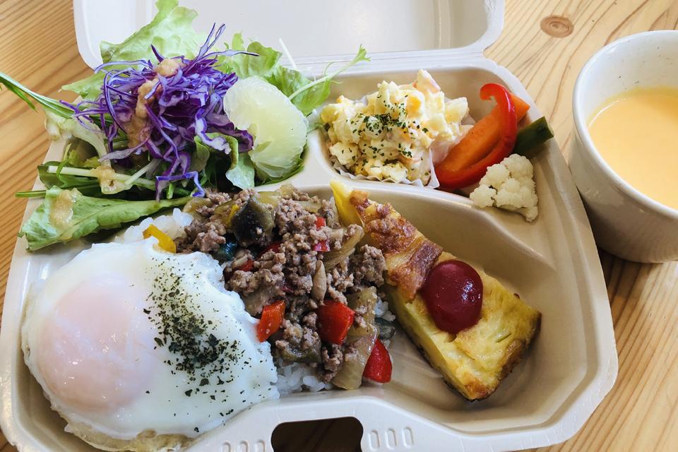 <b>【鹿児島テイクアウトBOOK】</b>プロの味を気軽におうちで。飲食店をテイクアウトで応援しよう!