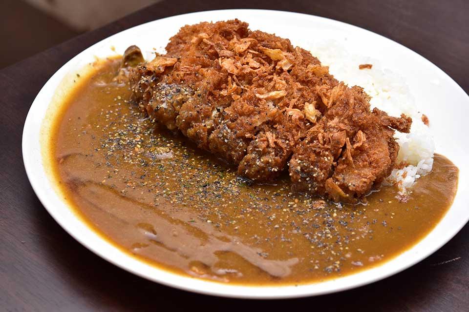 <b>【カレーのお店 8点9 霧島国分店】</b>私は!今!ボリューム満点のうま〜いカレーが食べたいんです!