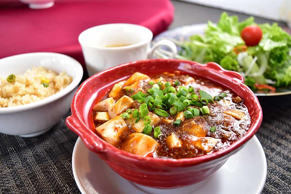 <b>【中国料理 杏仁香】</b>山形屋近く→キャパルボ6階へお引っ越し!名物の麻婆豆腐、食べにいきましょ!