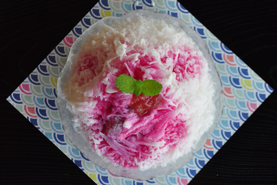 <b>【カフェらびゅう】</b>蒲生の古民家カフェで斬新なかき氷を発見。口の中でレモンティーになるってマジすか!?