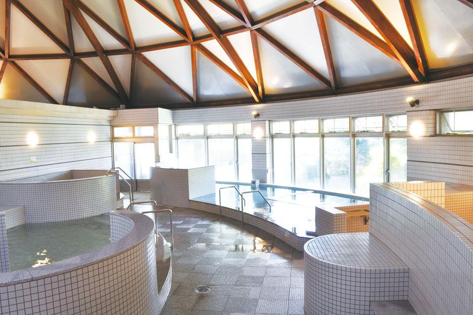 <b>【高山温泉ドーム】</b>やぶさめの里総合公園内にある温泉施設がリニューアル