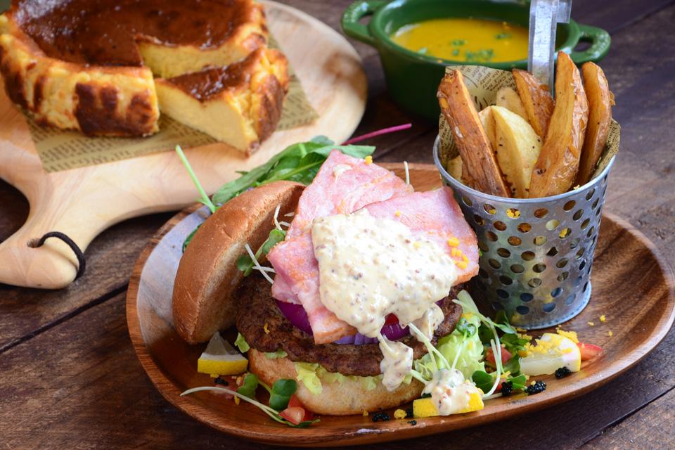 <b>【小さなパンランチcafe Y-PLUS】</b>自家製パンやスイーツを楽しめる曽於のオシャレカフェ