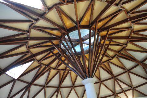 街ネタプラス|おでかけ|高山温泉ドーム|天井