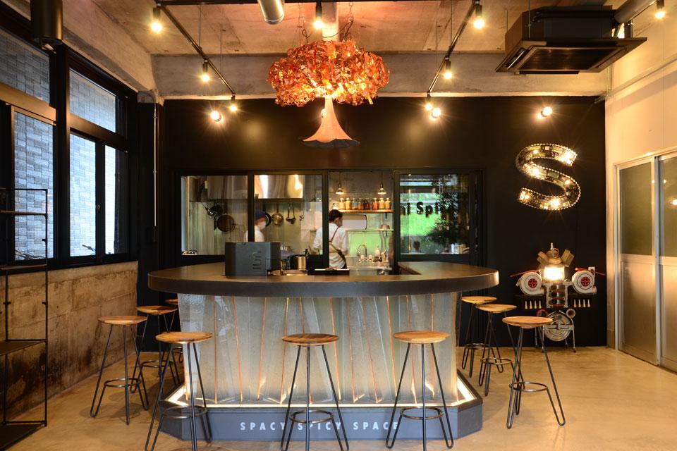 <b>【Sendai Spice】</b>遊び心満載のオシャレなカフェで美味しくて体に優しいスパイスカレーを