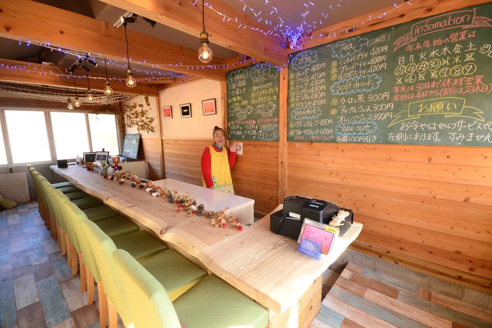 <b>【花Cafeづん】</b>花畑を作りたい、店主の夢をお客さんも一緒に叶えられる新しいカタチ