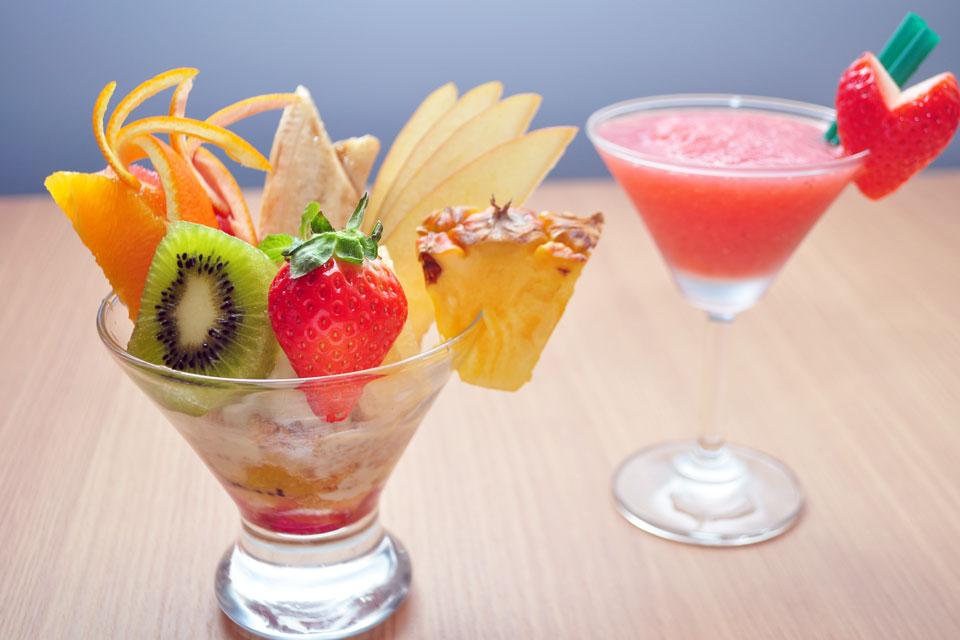 <b>【お酒と果実 KANJI】</b>フルーツをメニューに大胆に盛り込む 女性が大満足するダイニングバー