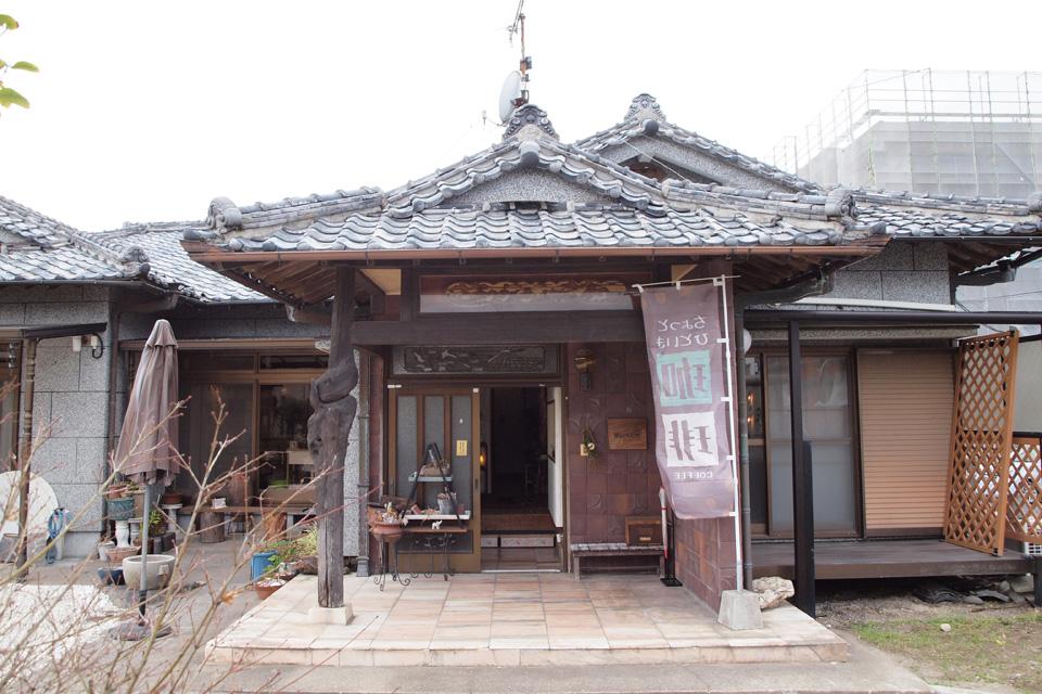<b>【ヒミツキチ HIDEKICHI】</b>古民家を改装した素敵なカフェで、美味しいランチに雑貨も楽しめる♪