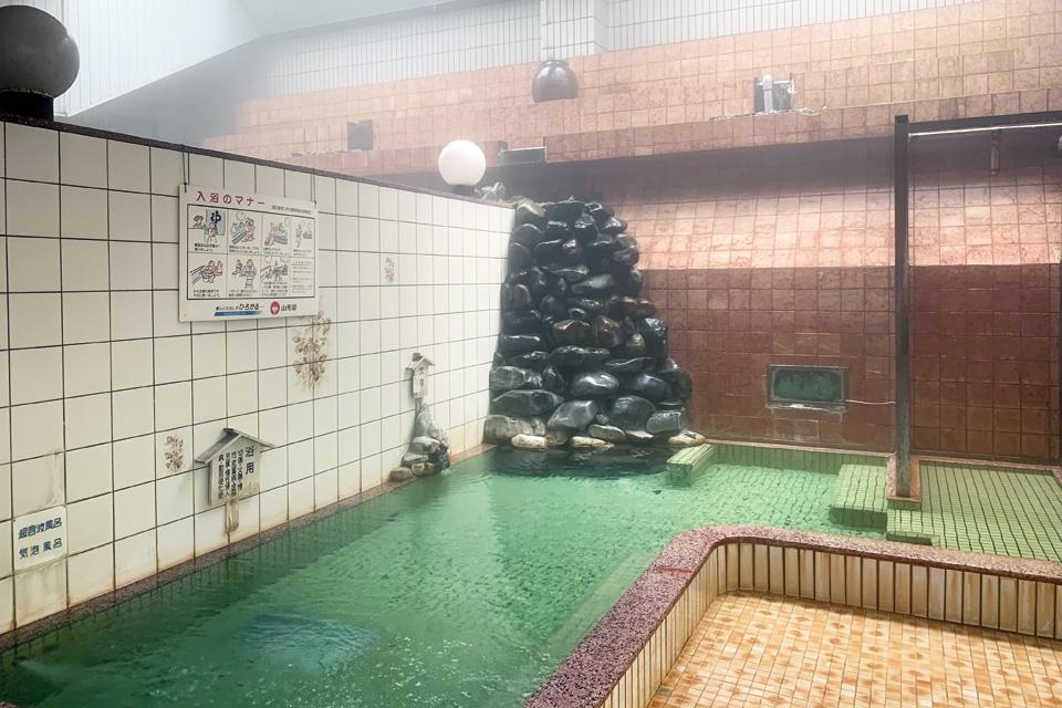 <b>【武岡温泉】</b>循環・加水・加温なし!鮮度抜群、かけ流しの温泉を楽しもう