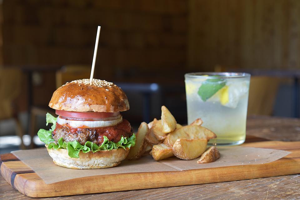 <b>【MATHERuBA CAFE】</b>丘の上のカフェで鹿児島ならではの食材に舌鼓。美味しいお土産も持って帰ろう